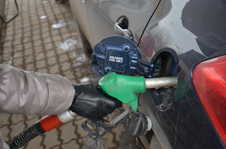 Цены набензин увеличились кначалу весны на3,6%